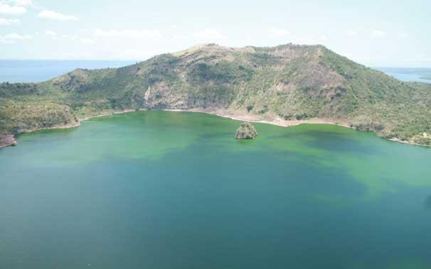 אגם טאאל פלייאיסט